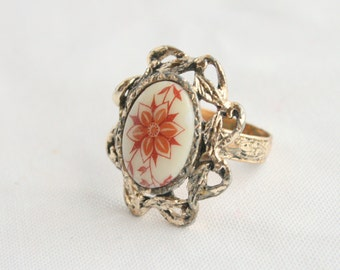 Red Flower Ring Vintage Ceramic Oval Cabochon Transfer Chunky Big Costume Jewelry Ring