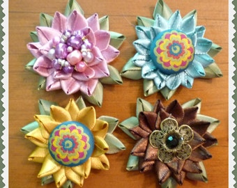 Set of 4 Ribbon Flower Refrigerator Magnets