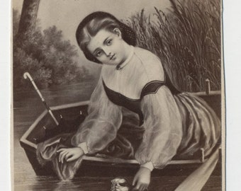 1860s - 1870s Antique CDV Photograph. Girl with Water Lilies