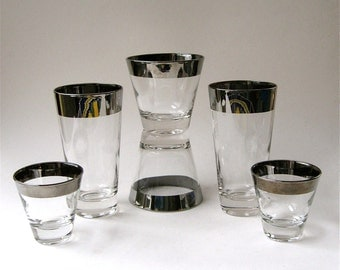 Mid Century vintage Wide Silver Band Barware Glasses / Set of 6