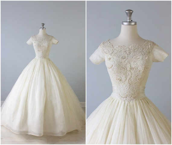 RESERVED Vintage 1950s Wedding Dress / 50s Bridal Gown
