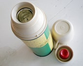 70s Holiday Thermos Retro Green Speckled Cream Yellow Color Pint Size Thermos Brand Made in Connecticut Good Condition