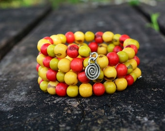 Citrus Punch Acai Beads Bracelet:  Colorful Acai Beads Memory Wire Bracelet / Eco friendly Jewelry, Organic Beads, Acai Seeds / Handmade