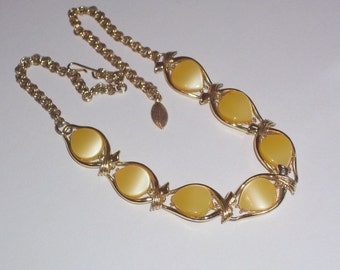 Vintage Yellow and Gold Necklace