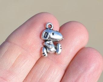 1  Silver Snoopy Dog Charm SC1544