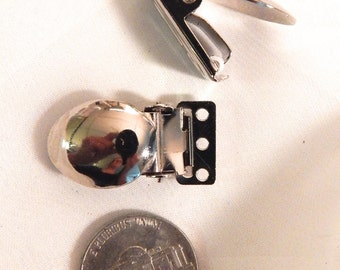 Jacket Clips with 3 Holes for Linking  or Stitching 1 Pair