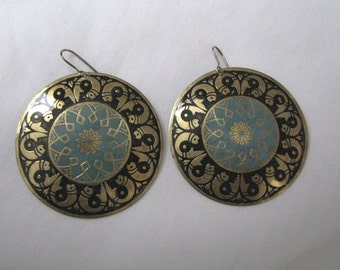 Vintage round brass hook earrings with stylized fish border