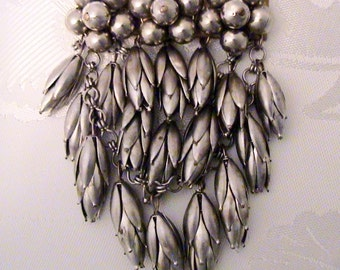 Vintage Early HASKELL Unsigned Silver Dangling Pod Brooch