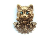 Vintage Rhinestone Gold Tone Kitty Cat Brooch Animal Jewelry Gifts Pets Portrait Bow Flowers Filigree Lace Collar