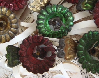 vintage - 8 rusty metal candle clips for Christmas tree - NO485