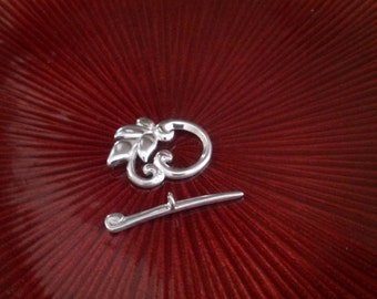 Sterling Silver Floral Toggle