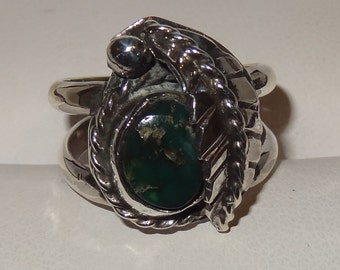 Vintage Sterling Silver and Turquoise Leaf Ring Size 6