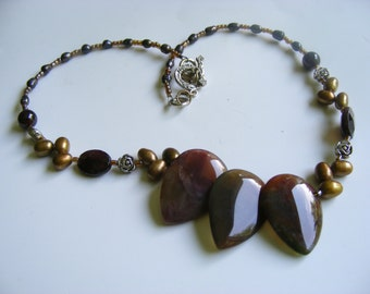 India Agate Teardrop Golden Freshwater Pearls Beaded Necklace