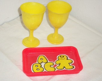 Vintage Childrens Plastic Dishes, ABC Tray and Yellow Water Goblets