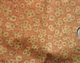 """Brown Shiny Gold Floral Print  100% Cotton Fabric Remnant 21"""" X 44"""""""