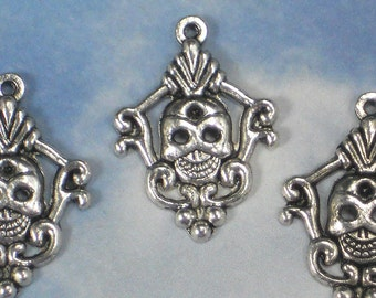 6 Fancy Smiling Skull Charms Antiqued Silver Tone 32mm Happy Skulls (P577)