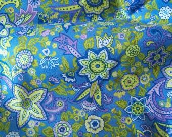 Fabri Quilt Lady Katheryn- Flower print Fabric - Half Yard