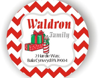 Christmas Wedding Labels - Personalized Labels - 100 labels - 2inch circle - Happy Holidays Labels - Christmas Gift Labels