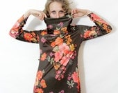 Vintage dress /  long brown floral home dress / size M