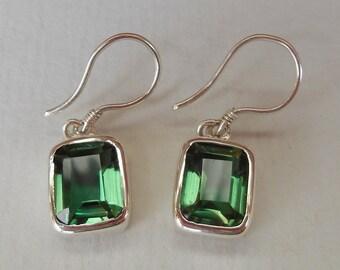 Green Quartz gemstones Silver Dangle Earrings / Bali handmade jewelry / silver 925 / 1.10 inch long