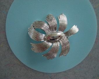 Vintage Silver Metal Estate Brooch- Abstract Flower Ribbon Design