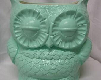 Tootsie Pop Owl Garden Planter  Mint Green