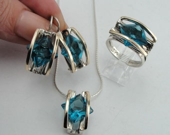 Amazing  Sterling Silver 925 & 9k yellow gold  blue topaz  Earrings (s e1600)