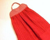 TOWEL #18 Kitchen Knob Hanger, Red Fabric Top, Dogs Paws, Terry Cloth Cotton, US Gift Studio Laundry Utility Camping BBQ Work Shop Bathroom,