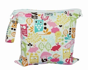 Wet/Dry 2 Pocket Wet Bag with Waterproof Lining and Zipper Opening - Woodland Owls - FAST SHIPPING