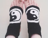 Yin and Yang Yoga Socks Crochet Pattern Two Color No Heel Open Toe Comfortable Gift Idea Athletic Sock