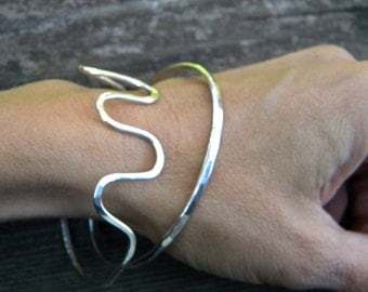 Everyday sterling silver bangle set