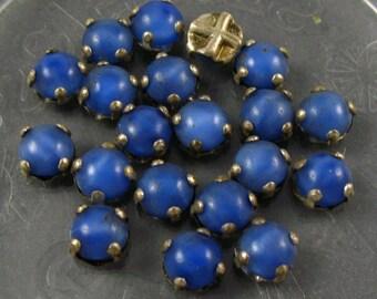 Vintage Rose Montee 5mm Sew Ons - Dark Blue SatinGlass/Silver Setting