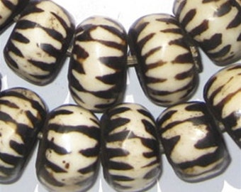 39 Batik Bone Beads - African Trade Beads - Made in Kenya - Large Chevron - Handmade Tribal - Fair Trade - Black & White (BON-RND-CHV-241)