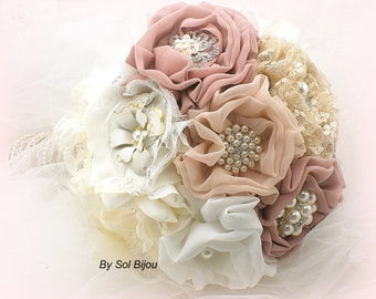 Brooch Bouquet, Ivory, Beige, Tan, Champagne, Blush, Dusty Rose, Elegant Wedding, Vintage Style, Rustic, Jeweled, Lace, Crystals, Pearls