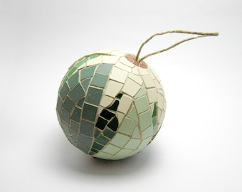 Mosaic Handmade Ornament Ball - Home decor - green leaves