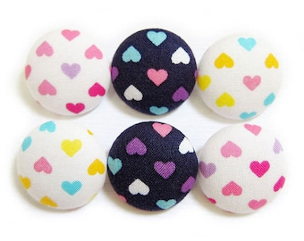 Sewing Buttons / Fabric Buttons - Hearts Buttons - Fabric Covered Buttons - 6 Large Fabric Buttons