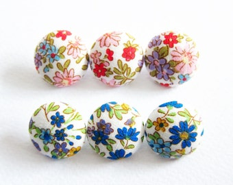 Fabric Covered Buttons - 6 Small Fabric Buttons Set - Wildflowers in Red and Blue