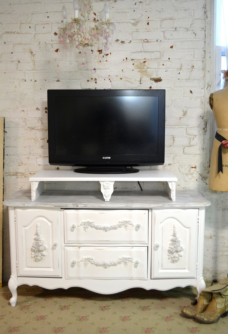 painted cottage chic shabby white french media tv stand. Black Bedroom Furniture Sets. Home Design Ideas