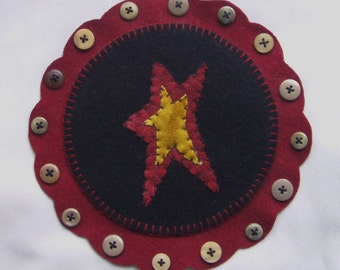 Star Penny Rug Wool Primitive Candle Mat with buttons