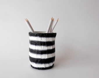 Black and white stripes Pencil holder / black and white pencil holder / gift for a writer / classic modern design