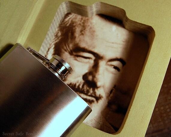 Hollow Book Safe & Flask (Vintage 1966 Papa Hemingway)