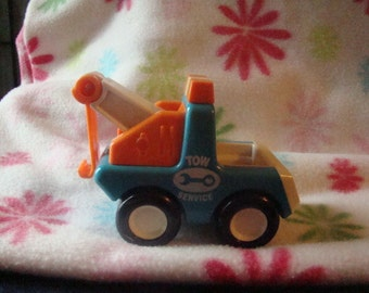 Vintage 1987 Bandai Tonka Chunky Style Tow Service Truck Little People