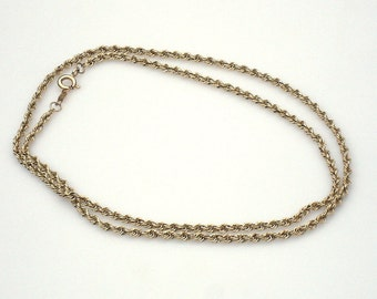 Sale /// Vintage 14K Gold Twisted Chain Necklace - 19 inches