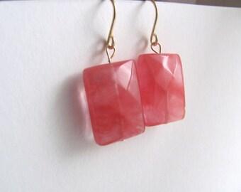 Salmon grapefruit pink quartz drop earrings on 14k gold fixtures, faceted gemstone beads