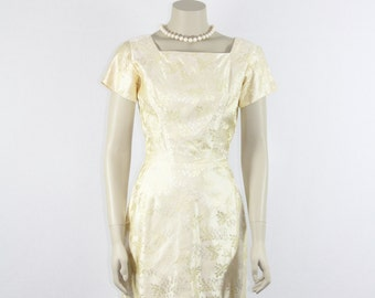 Short Vintage Wedding Dress - 1960's Silk Reception Wedding Dress - 36 / 26 / 37