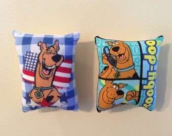 Scooby Doo Pillow Magnets