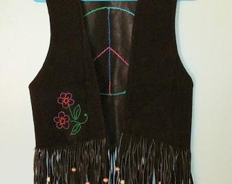 Suede Vest / Leather Fringe Vest / Hippie Vest / Hand Embroidered Vest / Leather Fringe Vest / Vintage Fringe Vest / Hippie / Bohemian