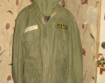 Vintage  US ARMY   no  107  hooded field jacket  with detachable hood  med