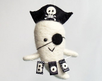 Pirate Halloween ornament : needle felted ghost figurine with a pirate hat and boo banner