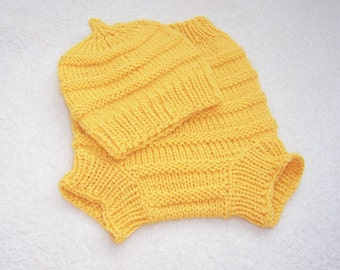 Hand Knitted Wool Diaper Cover with matching Hat Baby Diaper Cover Wool Baby Wool Soaker Cloth diaper size Small Nb-6 months